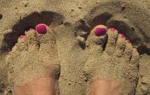 feet-1659412_640